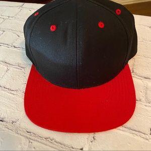 LIDS BLACK/ RED SNAPBACK HAT